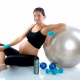pregnantwomanatfitness_13478112_original