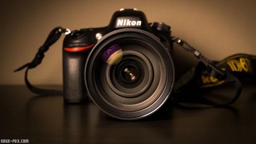 Nikon_DSLR_Camera_uhrted.jpg