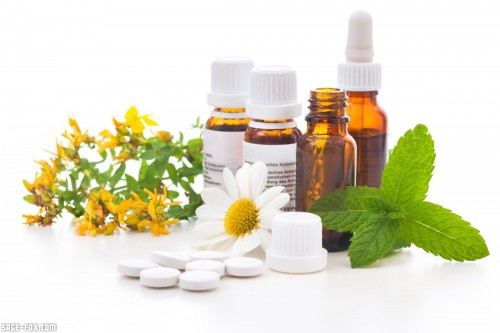 Alternativemedicine_105498251.jpg
