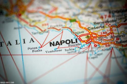 Napoli.Italy_386290888.jpg
