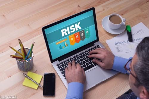 Risk_361069598.jpg